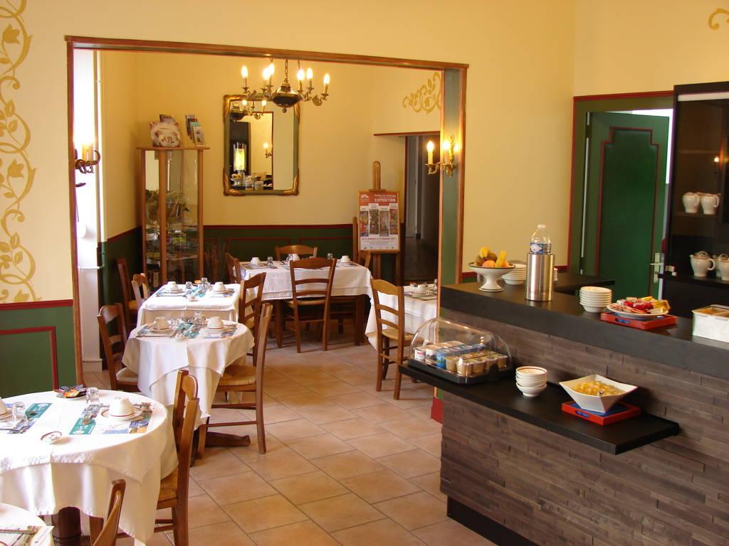 Magasin Déco Les Sables D Olonne hotel iena: hotels france, atlantic loire valley