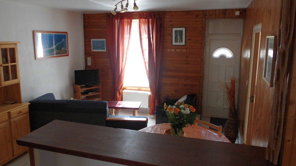 meuble meral marie laurette g tes et locations de meubl s en pays de la loire. Black Bedroom Furniture Sets. Home Design Ideas