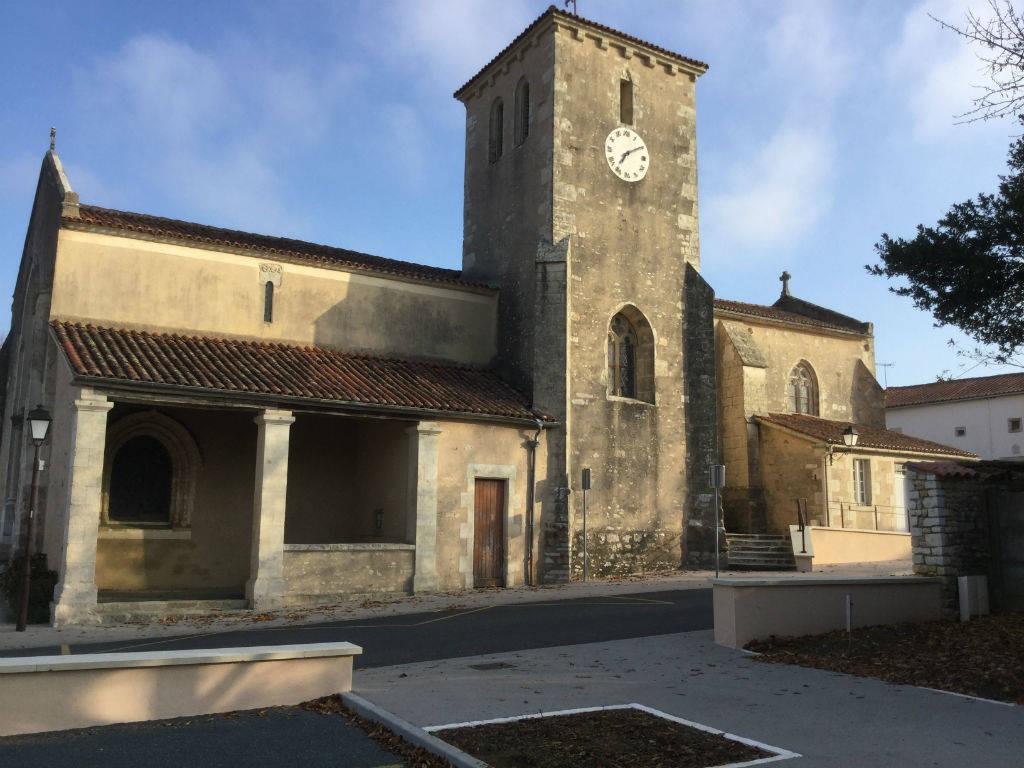 """Architecte La Varenne St Hilaire sentier pedestre """"les cinq chenes"""": on foot france, atlantic"""