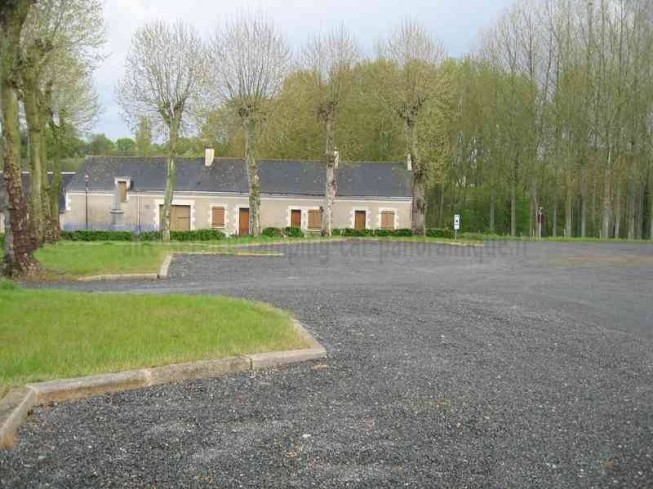 AIRE CAMPING-CARS DE MOULIHERNE