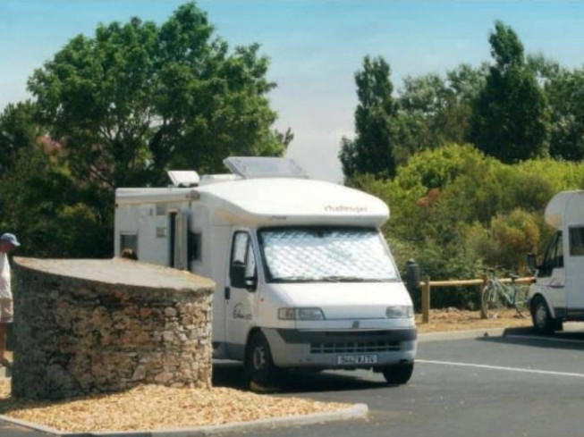 ACCUEIL CAMPING-CARS LES PLESSES
