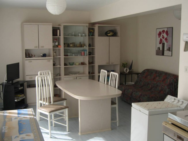 APPARTEMENT MME BERTRANDIAS