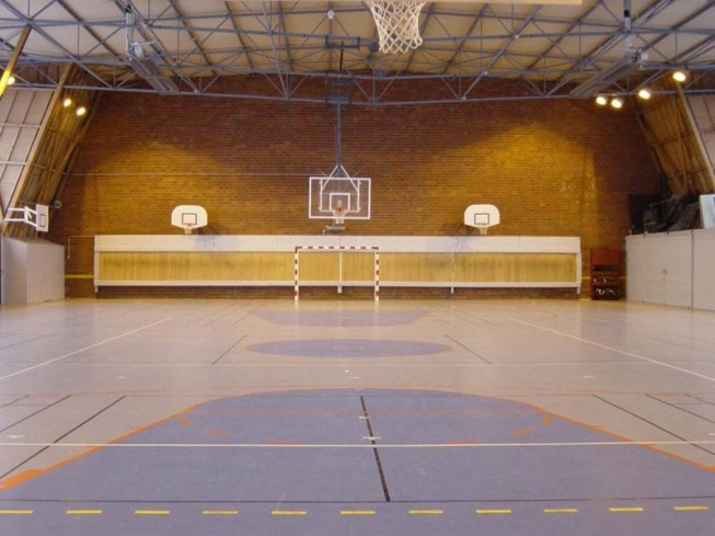 COMPLEXE SPORTIF COUVERT JEAN MENAGER