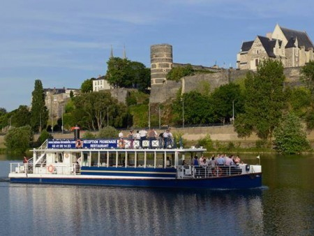 CROISIERE COMMENTEE VERS BOUCHEMAINE